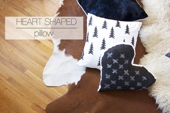 Heart Shaped Pillow Pattern 1