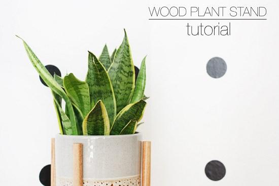 DIY Wood Plant Stand 1