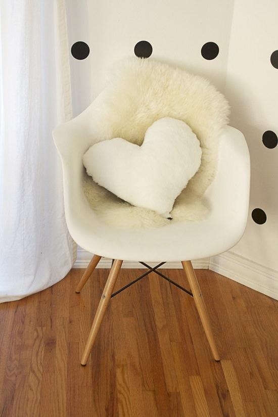 Heart Shaped Pillow Pattern 2