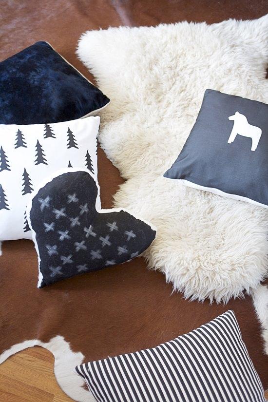 Heart Shaped Pillow Pattern 4