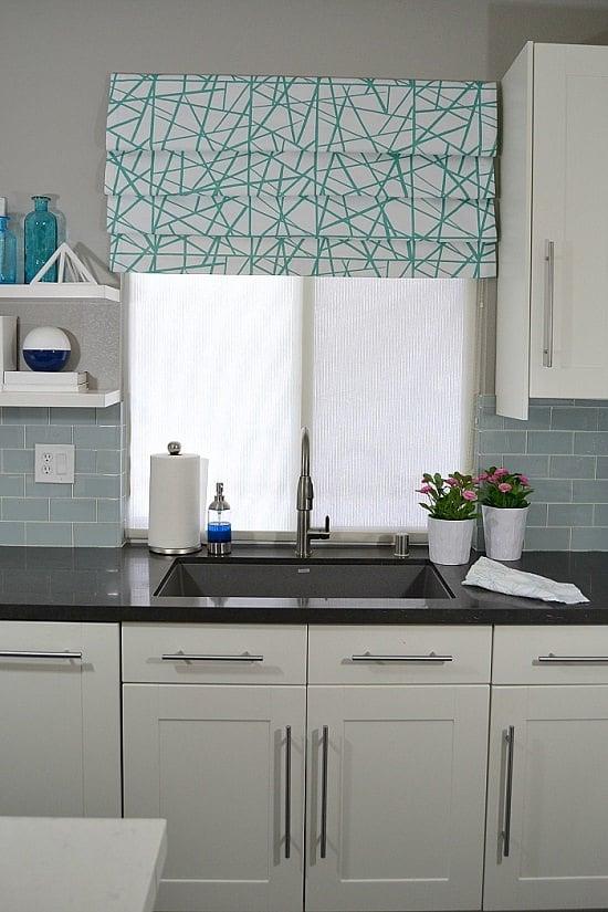 DIY Funky Kitchen Blinds Ideas5