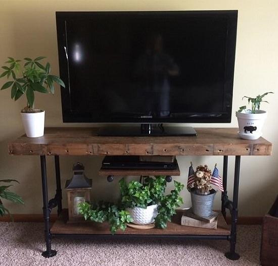 Creative DIY TV Stand Ideas4