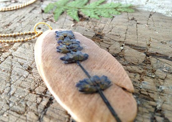 Dried Flowers Pendant using a Driftwood Base