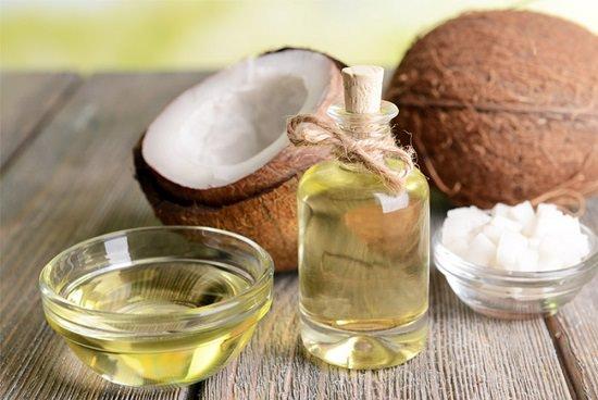 Castor Oil For Lips2