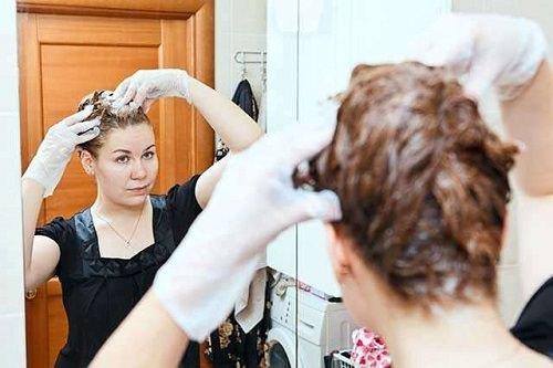 To Remove Hair Dye
