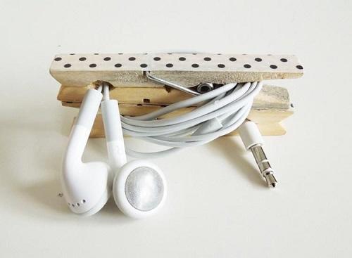 Organizes Cords