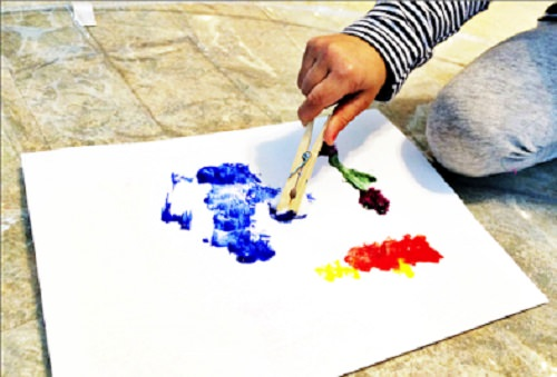 Painting With Clothespin