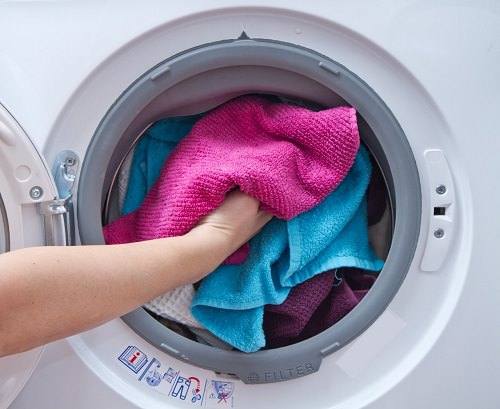 Budget-Friendly Laundry Hacks3