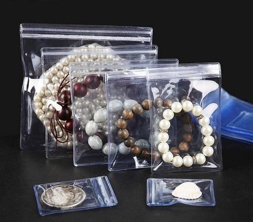 How to Keep Costume Jewelry From Tarnishing