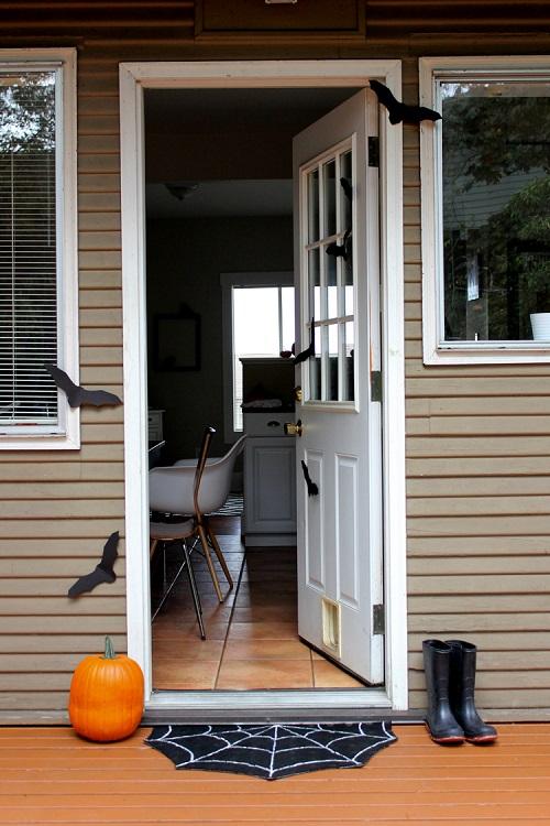 Halloween Porch Ideas19