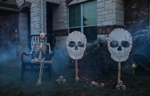 Halloween Skull Yard Signs