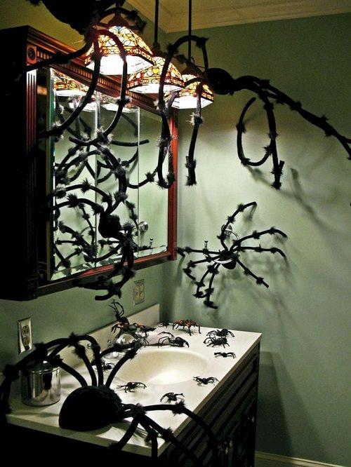 Spooky Halloween Bathroom Decorating Ideas5