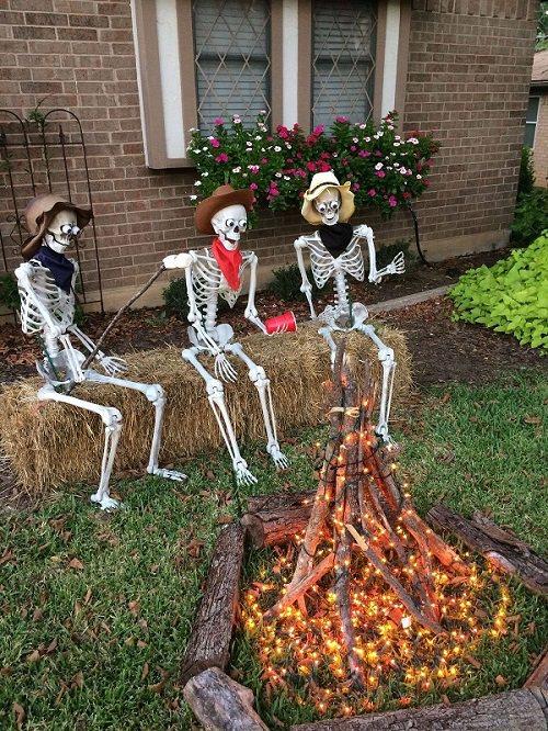 Outdoor Halloween Party Decor Ideas5