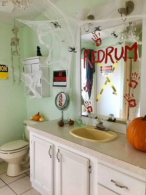 Spooky Halloween Bathroom Decorating Ideas6