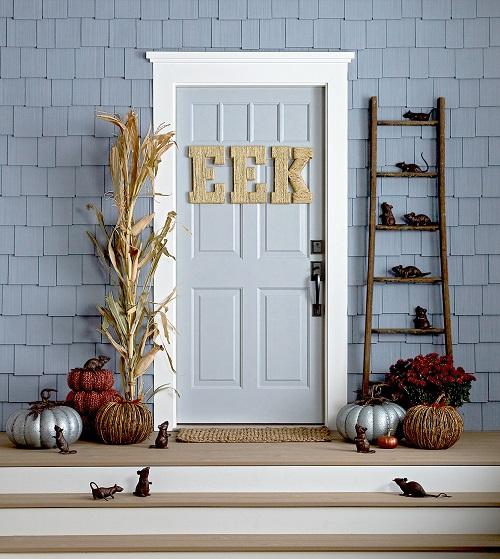 Halloween Porch Ideas26