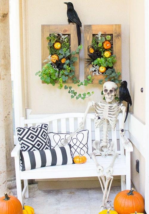 Skeleton Guest