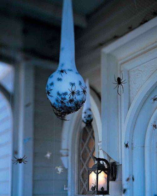 Spooky Halloween Bathroom Decorating Ideas3