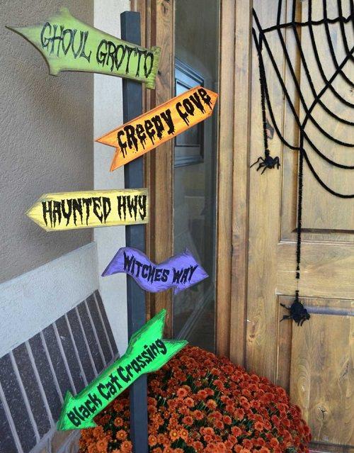 Halloween Porch Ideas11