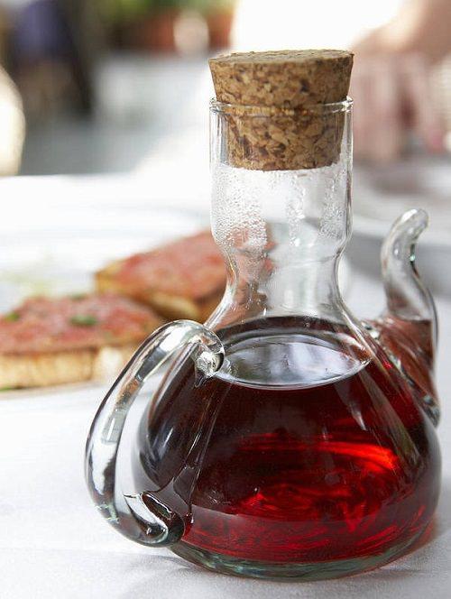 Household Uses for Red Wine Vinegar1