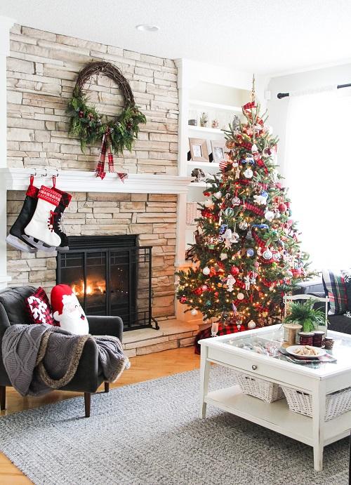 Pretty Christmas Living Room Ideas9