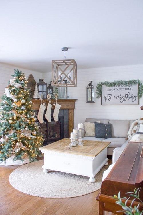 Cozy White Living Room Christmas Decor