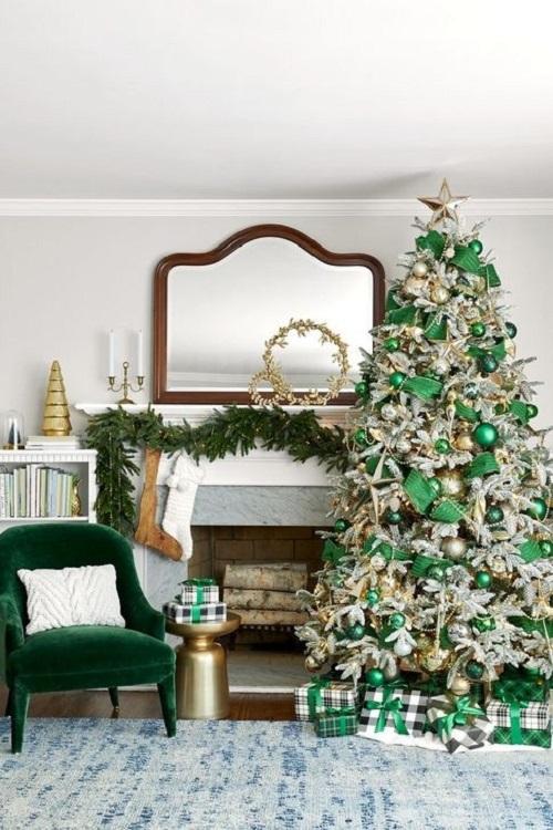 Green Plaid Holiday Decor