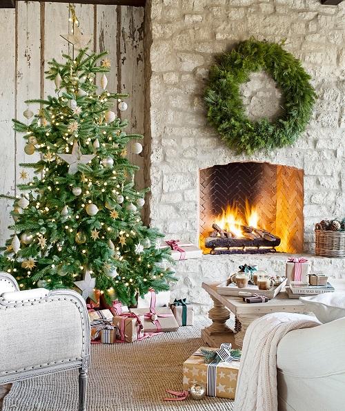 Pretty Christmas Living Room Ideas13