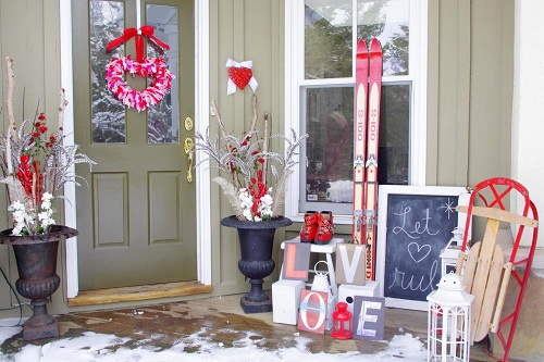 Decorate Your Porch for Valentine's Day3