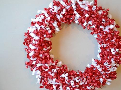 DIY Valentine Wreath1