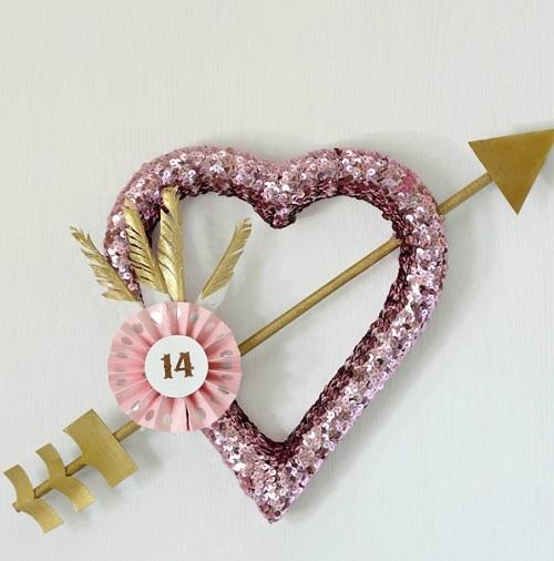 DIY Cupid's Arrow Wreath