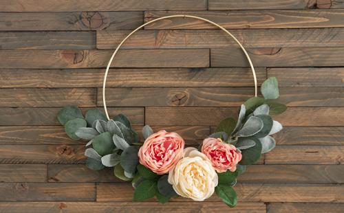 Dainty Flower Wreath
