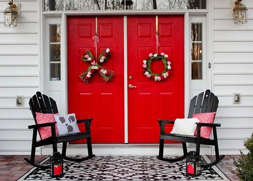 Heart Stealing Valentine Porch Decor