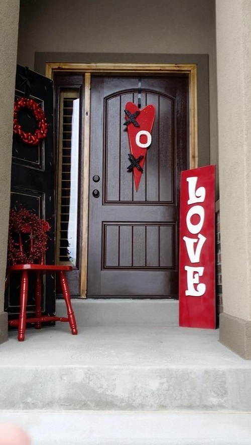 Decorate Your Porch for Valentine's Day2