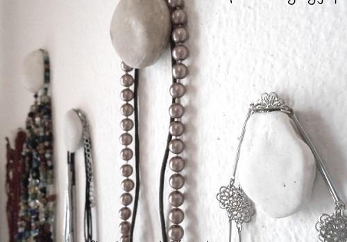 Pebble Jewelry Hangers