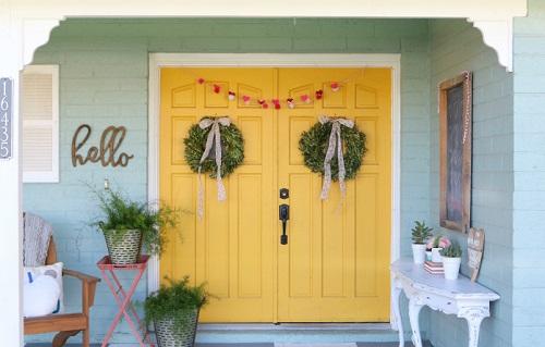 Simple Valentine Porch Decor
