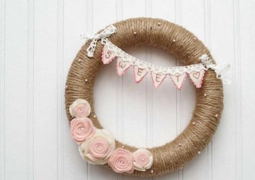 DIY Valentine Wreath11