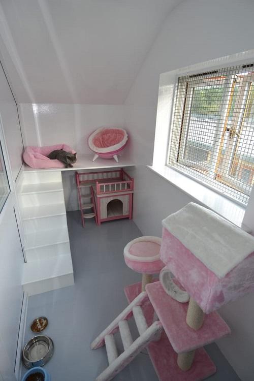 Winter Wonderland Cat Room