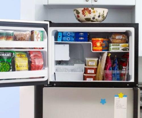 Freeze Food in Zip-Lock Bags