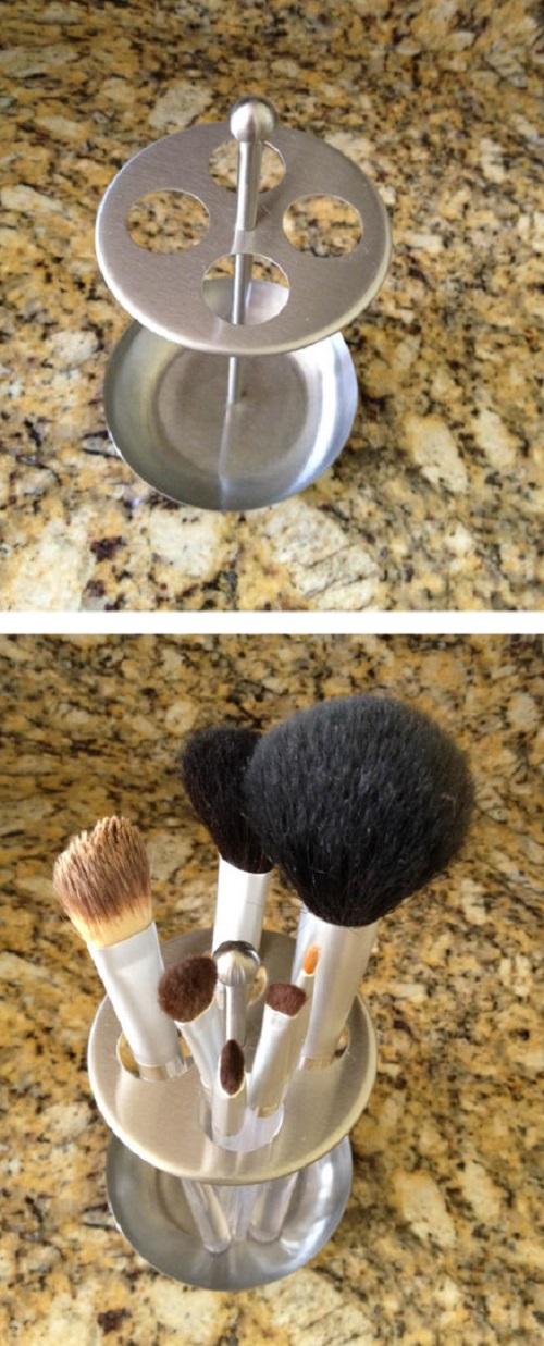 Use Toothbrush Holder for Makeup Brush