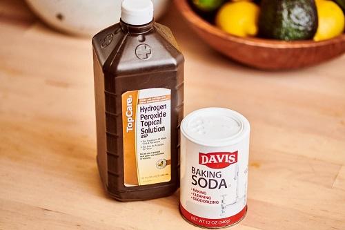 Baking Soda and Hydrogen Peroxide for Toenail Fungus 2