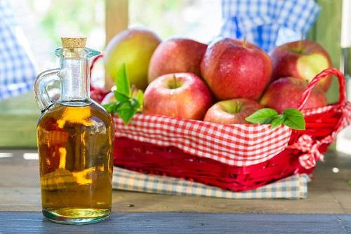 Apple Cider Vinegar for Cleaning Teeth1