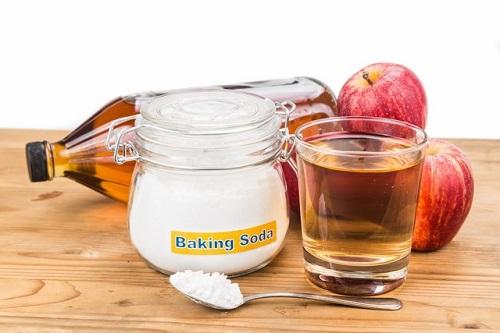 Apple Cider Vinegar and Baking Soda for Toenail Fungus 2