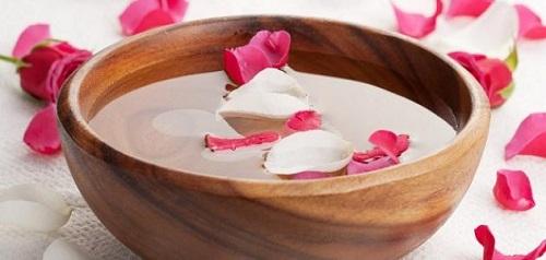 Use Rose Water